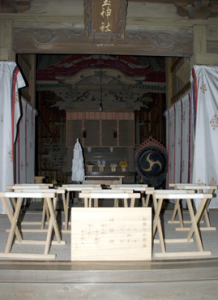 前玉神社の拝殿